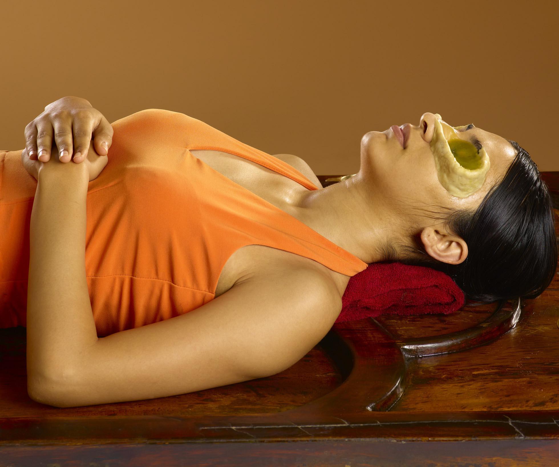 Netra Tarpan Panchakarma Treatment in Aundh, Pune